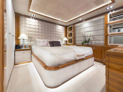 5 Guest - Double Cabin