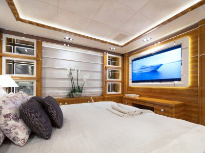 6 Guest - Double Cabin 1